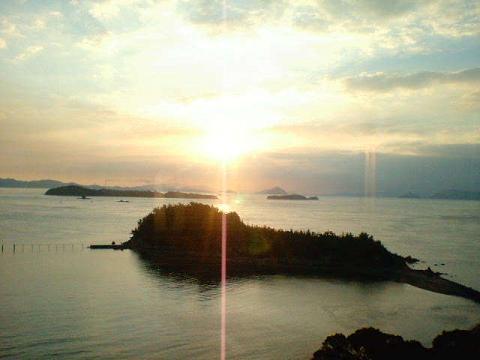 070927_SunriseOnSetoohhashi.jpg 480��360 21K